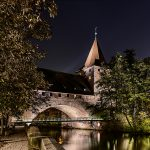 Historic building and Kettensteg at night
